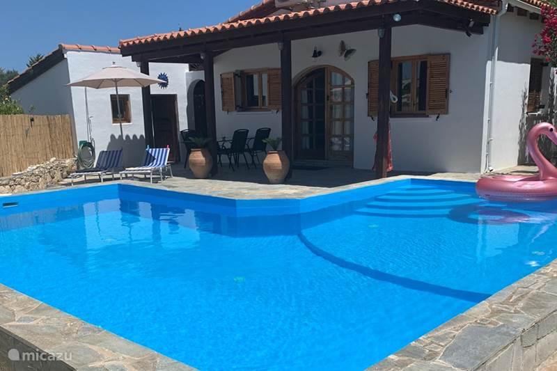 Vakantiehuis Griekenland, Kreta, Chamalevri Vakantiehuis Villa Petaloúda