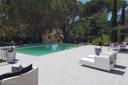 Vacation rental France, French Riviera,  Le Plan-de-la-Tour villa Villa des Lunes with heated pool