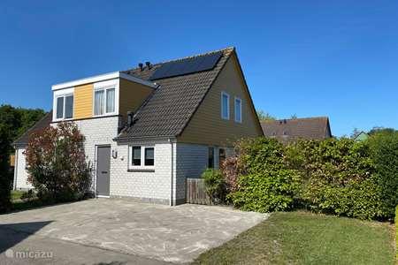 Vakantiehuis Nederland, Zeeland, Wemeldinge vakantiehuis Villapark de Oesterbaai 35
