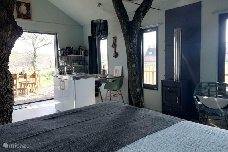 Vacation rental France, Allier, Saint-Désiré Cabin / Lodge Treehouse Long-eared Owl