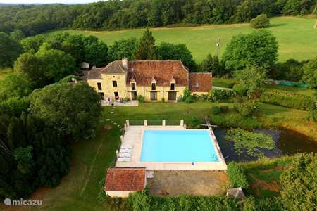 Vacation rental France, Lot, Gourdon holiday house Chante