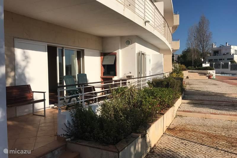 Vakantiehuis Portugal, Algarve, Santa Luzia Appartement Ruim appartement op de begane grond