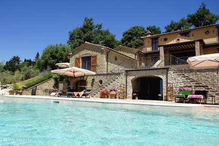 Vakantiehuis Italië, Umbrië, Tuoro sul Trasimeno appartement Villa Palladio appartement Trasimeno