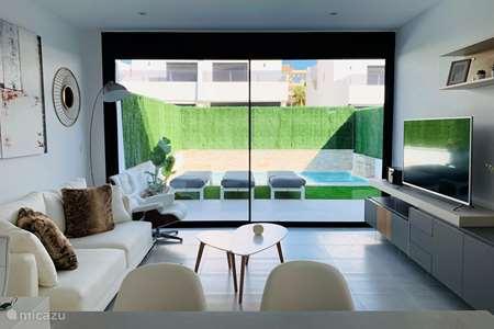 Vakantiehuis Spanje, Costa Cálida, Los Alcázares villa Gloednieuwe villa met privé zwembad
