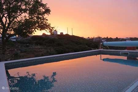 Vakantiehuis Portugal, Lissabon, Reguengo Grande vakantiehuis Casinhas Fim do Mundo
