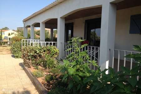 Vacation rental France, Aude, Escales bungalow Planquefer