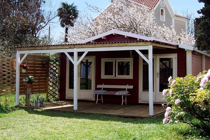 Vacation rental France, Pyrénées-Orientales, Vinça Bungalow Le Cerisier