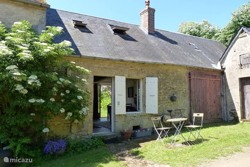 Vakantiehuis Frankrijk, Nièvre, Authiou Gîte / Cottage Gite Soffin - rustiek dorpshuisje