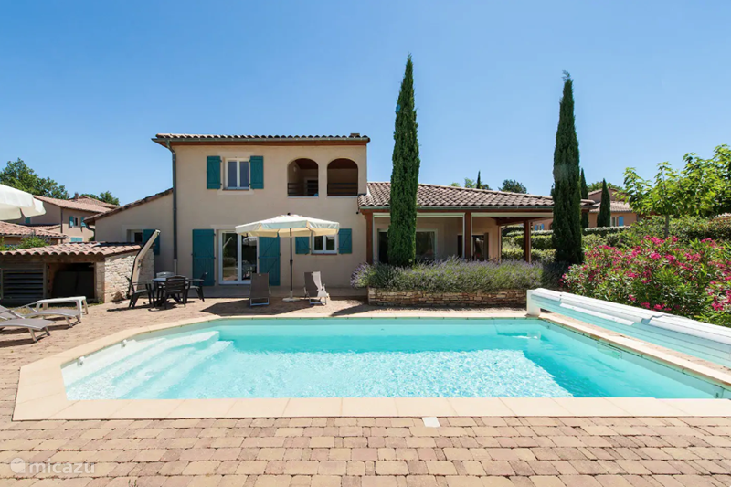 Vacation rental France, Ardèche, Vallon-Pont-d'Arc Villa Villa Fleur