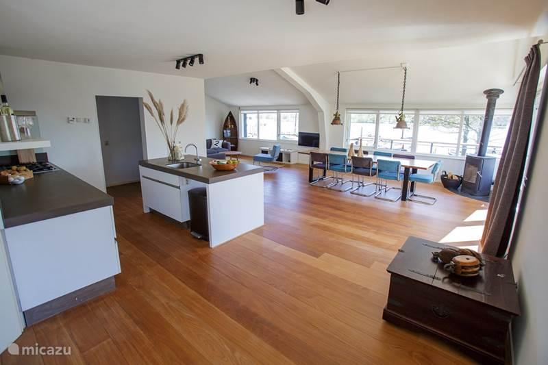 Vakantiehuis Nederland, Friesland, Eernewoude Villa Ruime vakantievilla aan Fries meer