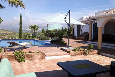 Vacation rental Spain, Andalusia, Los Romanes holiday house Casa de la Serenidad