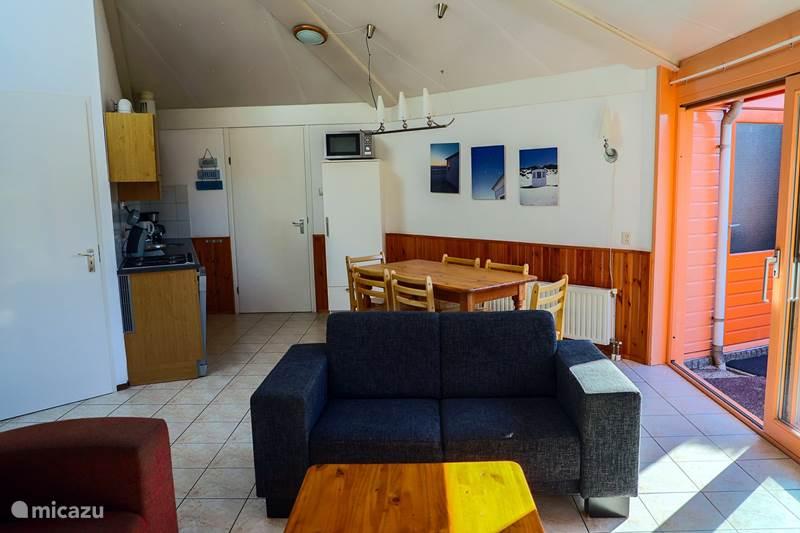 Vakantiehuis Nederland, Noord-Holland, Julianadorp aan Zee Bungalow Bungalow Zeester aan het strand