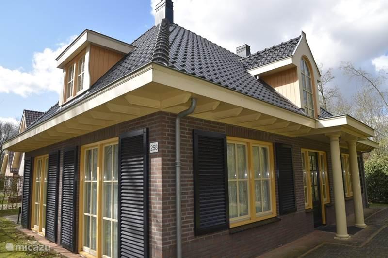 Vakantiehuis Nederland, Drenthe, Exloo Vakantiehuis Bosvilla