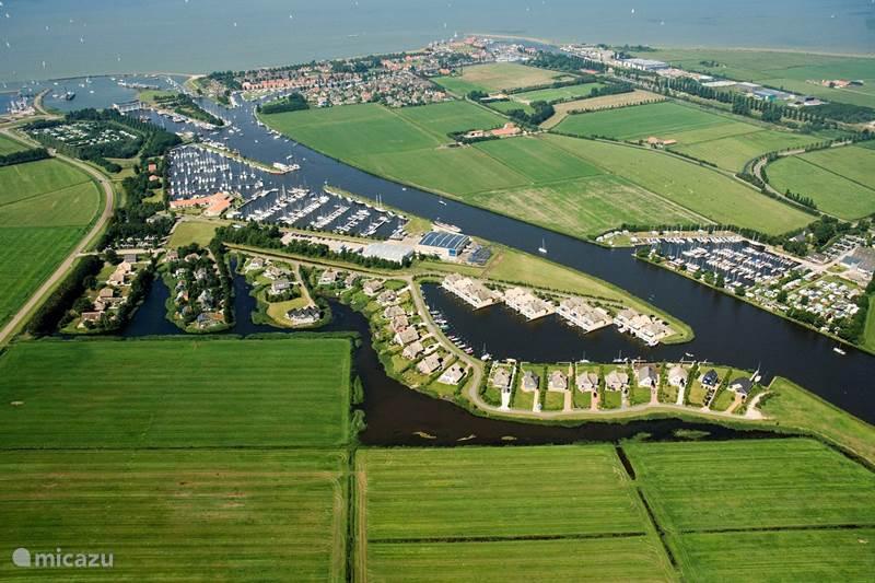 Vakantiehuis Nederland, Friesland, Stavoren Landhuis / Kasteel Oase
