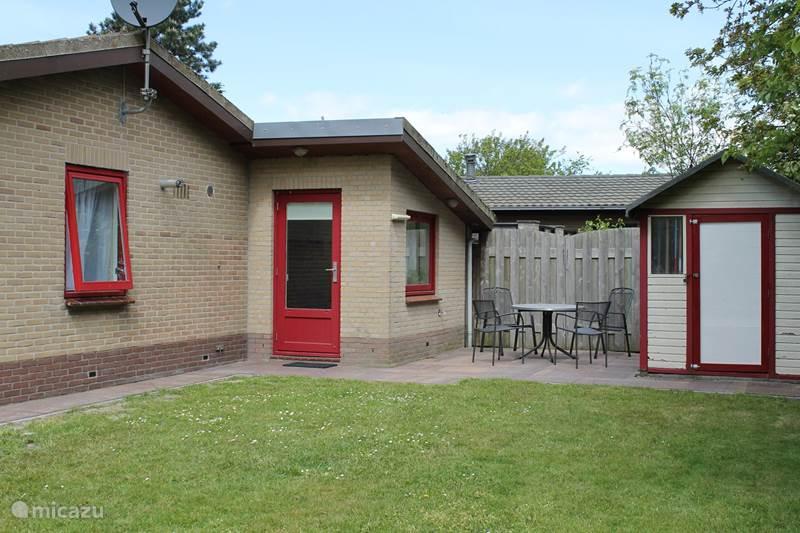 Vakantiehuis Nederland, Noord-Holland, Julianadorp aan Zee Bungalow Huisje Ellen