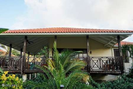 Vacation rental Curaçao, Curacao-Middle, Blue Bay villa Van Gogh