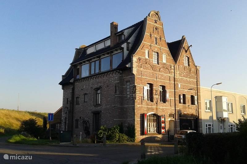 Vakantiehuis Nederland, Zeeland, Walsoorden Landhuis / Kasteel Bloemfabriek