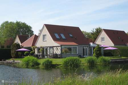 Vacation rental Netherlands, North Holland, Medemblik holiday house Holiday home on the water