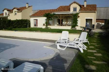 Vacation rental France, Charente, Rouzède villa Golf villa LaPreze 14 private pool