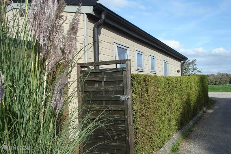 Vakantiehuis Nederland, Gelderland, Terwolde a/d IJssel Chalet Rivierhuisje Bird