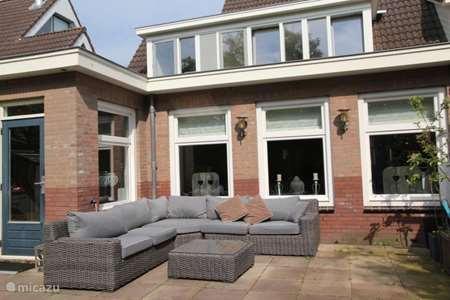 Vakantiehuis Nederland, Noord-Holland, Egmond-Binnen geschakelde woning Thuis in Egmond
