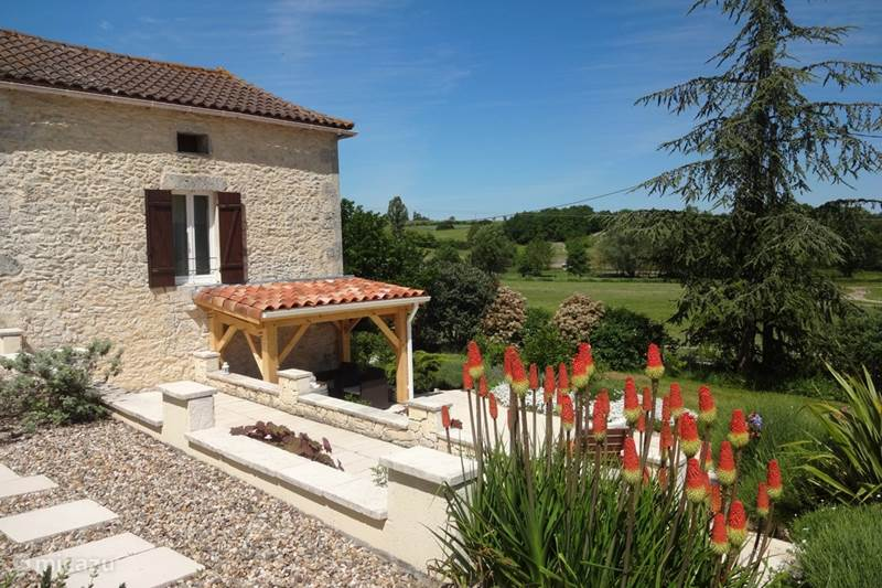 Vacation rental France, Dordogne, Singlenac Villa Rimaine