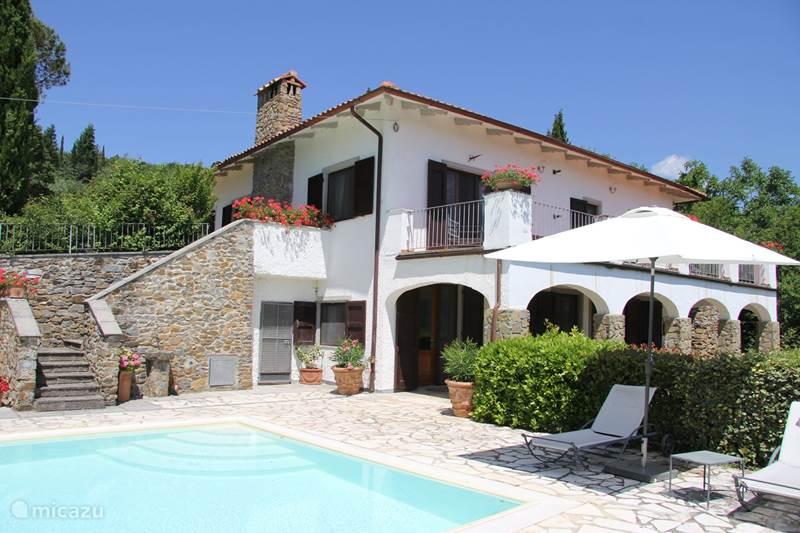 Vakantiehuis Italië, Toscane, Loro Ciuffenna Villa 'VillaRosa' in Casamona II