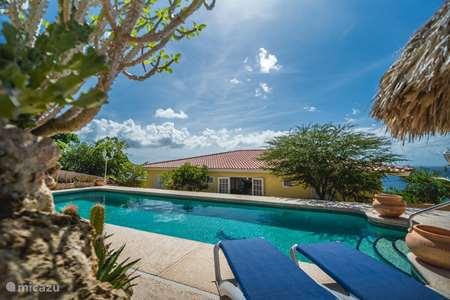 Vakantiehuis Curaçao, Banda Abou (west), Cas Abou villa Cariblue 180° zeezicht en Magna pool