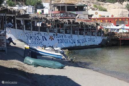 Matala - strand, restaurants en winkeltjes