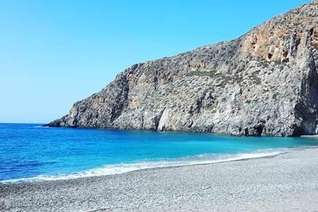 Wandelen naar het strand van Agio Faraggo