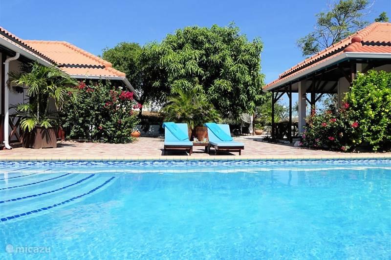 Vakantiehuis Curaçao, Banda Ariba (oost), Jan Thiel Bungalow Vrijstaande bungalow Barbulèt