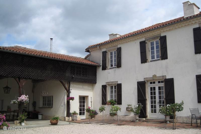 Vacation rental France, Gers, Gaujan Holiday house Le Blaireau
