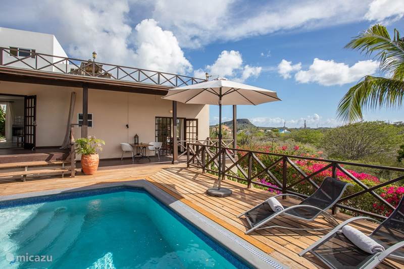 Vacation rental Curaçao, Banda Ariba (East), Jan Sofat Villa 16 pers Small-scale holiday resort