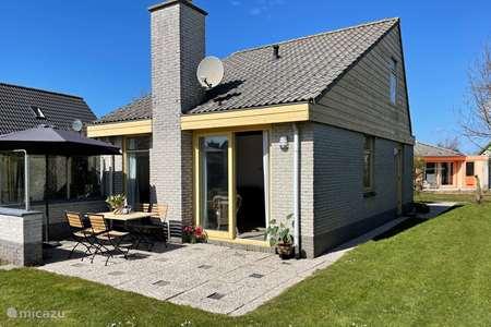 Vakantiehuis Nederland, Noord-Holland, Julianadorp aan Zee bungalow Albatros 51 Julianadorp aan Zee
