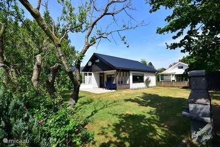 Vakantiehuis Nederland, Noord-Holland, Julianadorp aan Zee bungalow  Keizerskroon325 Julianadorp aan Zee