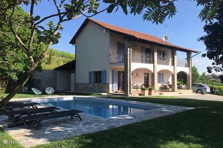 Vakantiehuis Italië, Piëmont, Canelli vakantiehuis Nel Vigneto