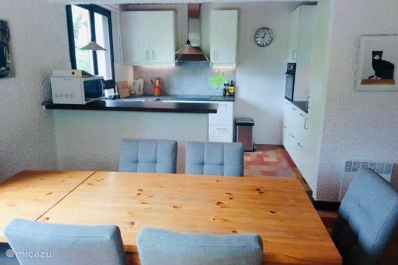 Vacation rental France, Charente, Écuras Holiday house Village le Chat, 204, La Belle Vie