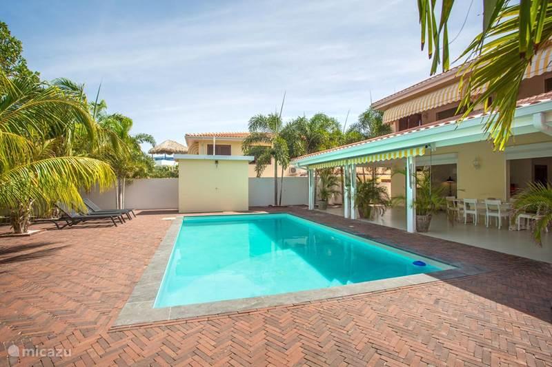 Vacation rental Curaçao, Banda Ariba (East), Brakkeput Abou Apartment Luxury Apartments Curacao 1