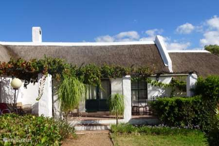 Vakantiehuis Zuid-Afrika, Kaapstad (West-Kaap), Paarl chalet MooiBly Huisje Met Rieten Dak