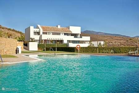 Vakantiehuis Spanje, Costa del Sol, Benahavis appartement Alanda Los Flamingos