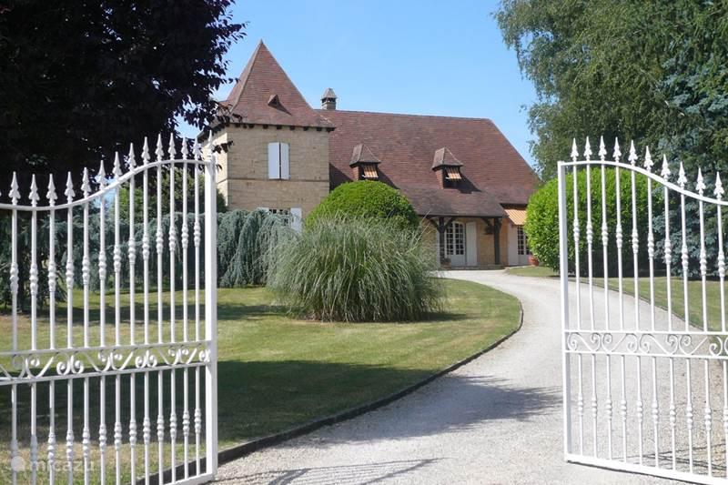 Vacation rental France, Dordogne, Peyrignac Holiday house Lenclosse