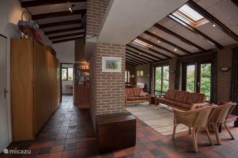 Vakantiehuis Nederland, Zeeland, Zoutelande Vakantiehuis Huis met grote tuin achter de duinen