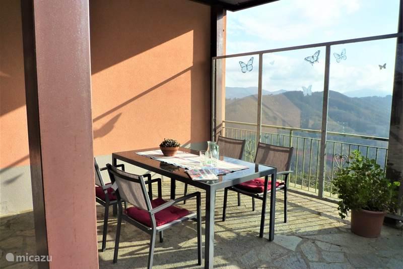 Vakantiehuis Italië, Ligurië, Santa Maria di Maissana Appartement Casa Benera - Timo