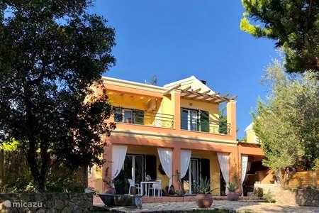Vakantiehuis Griekenland, Corfu, Agios Ioannis Corfu villa PURE Corfu luxe vakantievilla