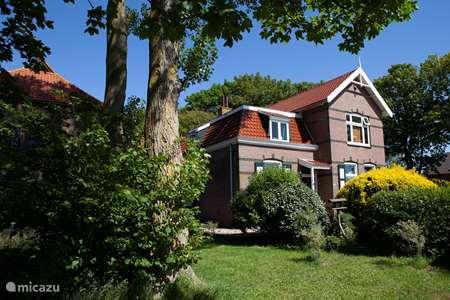 Vakantiehuis Nederland, Noord-Holland, Egmond aan Zee - villa Villa Duindoorn, bij zee en strand.