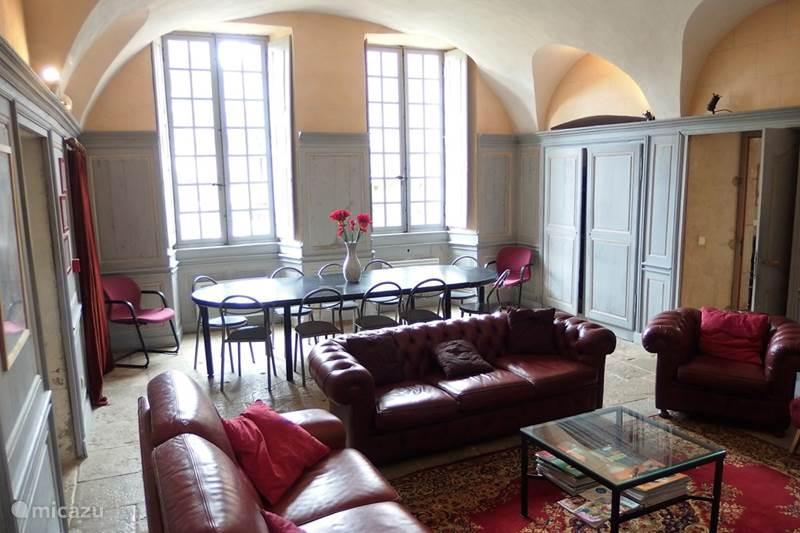 Vacation rental France, Côte-d'Or, Sainte-Colombe-en-Auxois Manor / Castle Gîte Château Sainte Colombe 16 pers