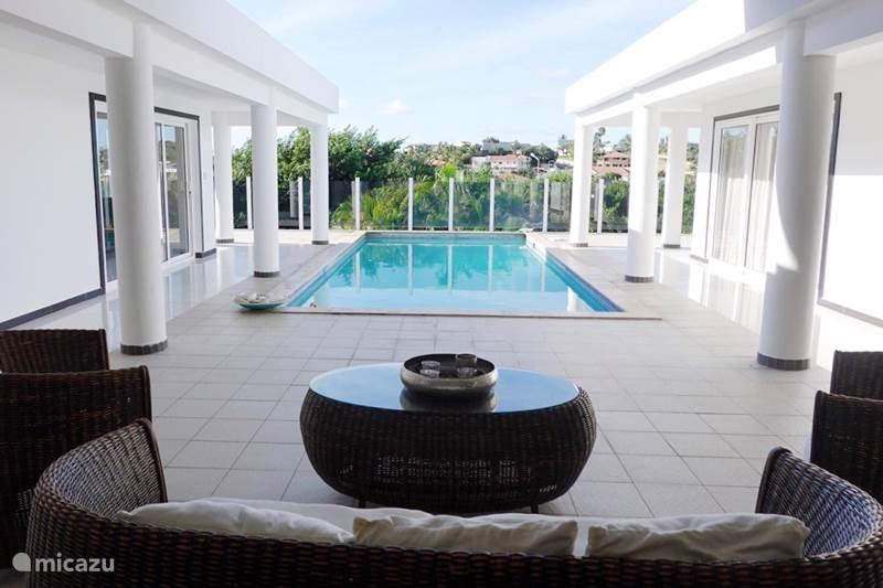 Vacation rental Curaçao, Banda Ariba (East), Cas Grandi Holiday house Villa Luxique
