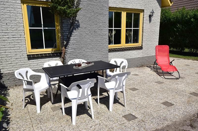 Vakantiehuis Nederland, Noord-Holland, Julianadorp aan Zee Bungalow Strandparel 207 Julianadorp aan Zee