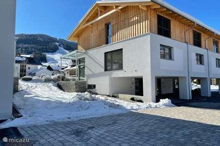 Vakantiehuis Oostenrijk, Stiermarken, Sankt Georgen ob Murau vakantiehuis Villa Kreischberg 10p 4 slpk 4 badk