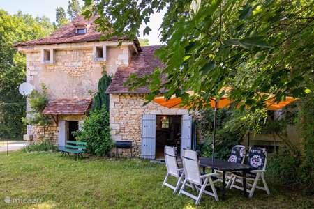 Vakantiehuis Frankrijk, Dordogne, Mayac gîte / cottage  Pigeonnier du Château de Mayac